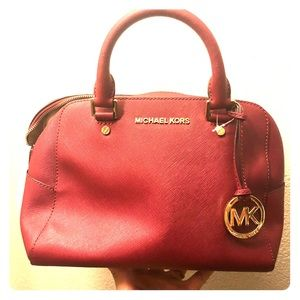 Micheal Kors bag never used medium size